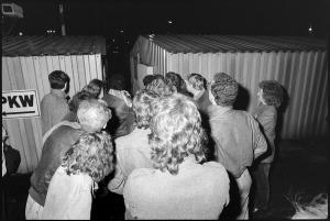 023 1989 11 09 Uebergang Heinrich Heine Strasse 01
