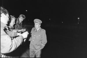 075 1989 11 09 Uebergang Heinrich Heine Strasse 53