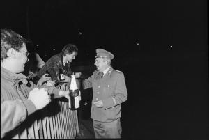 077 1989 11 09 Uebergang Heinrich Heine Strasse 55