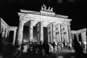 101 1989 11 09 Brandenburger Tor 01